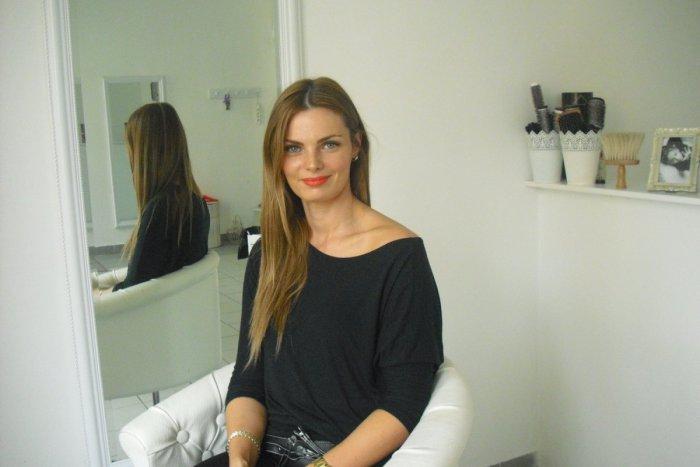 Ilustračný obrázok k článku Ostrieľaná odborníčka na vlasy prezradila svoj  recept na dokonalý účes  Toto 467e5f37688